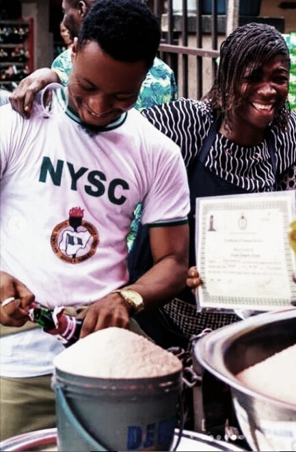 INSPIRING!! SEE PHOTOS OF NYSC MEMBER CELEBRATING WITH HIS MOTHER AT MARKET AFTER PASSING OUT