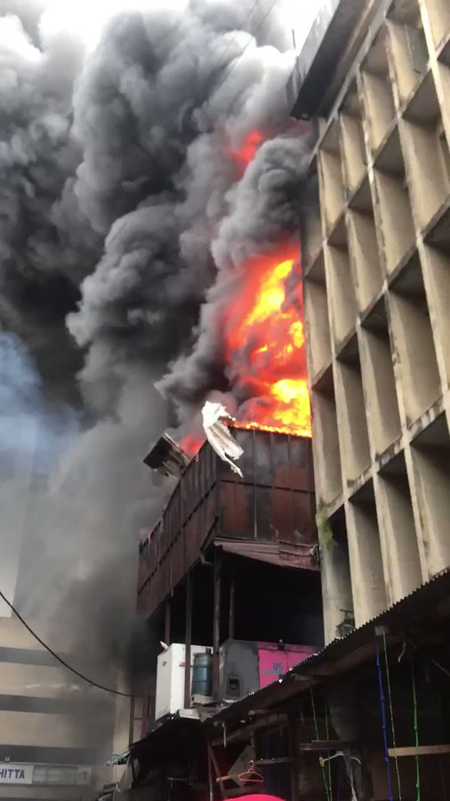 VIDEO: Fire Burns Down Balogun Market In Lagos Island