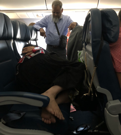A Loving Husband Stood For Complete 6Hours Inside AirCraft For Wife To Sleep On His Seat