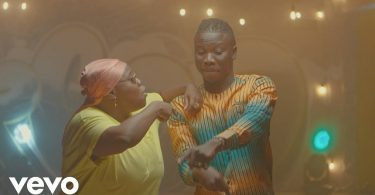 Download VIDEO: Stonebwoy – Ololo + Teni
